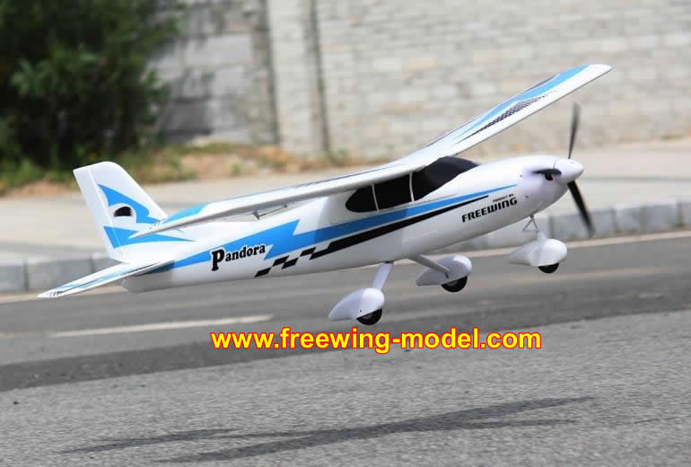 Freewing Pandora 4in1 Blue 1400mm (55 inch) Wingspan Trainer PNP Rc Airplane